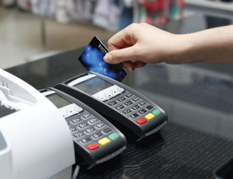 Se acortó a un día hábil la acreditación a comercios de las ventas realizadas con tarjeta de débito