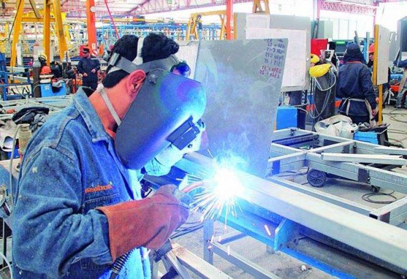 La actividad de la industria pyme creció 47% anual en mayo